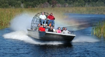 Airboat_orlando_attractions_american_vacation_living-420x230