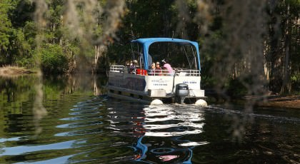 Scenic_Lake_Tours_Boat_orlando_attractions_american_vacation_living-420x230